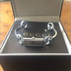 GUCCI bracelet watch